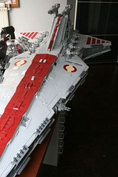 This is an 8-foot, 180-lb Venerator Class Star Destroyer made entirely out of 43,000 LEGO pieces by LEGO-maniac Iomedes. It...would look great in my bedroom. And by bedroom I mean my actual bed because there's noway in hell it...