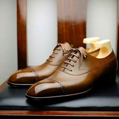 mydapperself:  You will absolutelu love these shoes for sure! Some dapper inspiration to start the week with class!!!  #dapper #shoes #mydapperself #brown #brownshoes #shoeporn #laceup #laceupshoes #suitup #sprezzatura #menswear #fashion #footwear #inspiration #elegant #stylecoach #class
