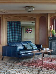 Pfister: Very british! Sofa, Couch, British, Lounge, Romance, Furniture, Home Decor, Chair, English