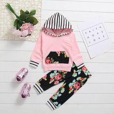 a6c4daf7d Conjunto de Malha com Capuz e Calça Legging Floral Infantil