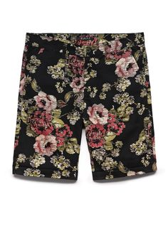 Forever 21 is the authority on fashion & the go-to retailer for the latest trends, styles & the hottest deals. Shop dresses, tops, tees, leggings & more! 21men, Floral Shorts, Floral Outfits, Dope Outfits, Vintage Style Outfits, Shop Forever, Celebrity Weddings, Looking For Women, Sexy