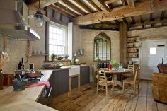 Old Smock Windmill in rural Kent в Benenden, , Великобритания English Country Cottages, French Style Homes, Exposed Brick Walls, Apartment Chic, Cabin Design, Malm, Cuisines Design, Le Moulin, Country Decor