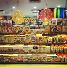 Our Cereals, Oats & Muesli Section with the best of domestic and imported brands!