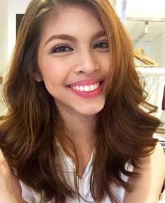 The genuine 'kilig' in Maine Mendoza's smile | Showbiz | GMA News Online