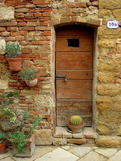 Tuscan Door - Italy