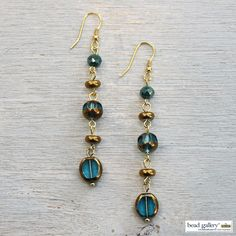 DIY Envy earrings - Click for instructions to make your own! #madewithmichaels #BeadGallery