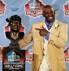 Dion Sanders - Hall of Fame - Atlanta Falcons Dallas Cowboys SF Redskins Baltimore Ravens Dallas Cowboys Pictures, Dallas Cowboys Football, Football Players, Cowboys 4, Cowboys Players, School Football, Sport Football, Denver Broncos, Nfl Hall Of Fame