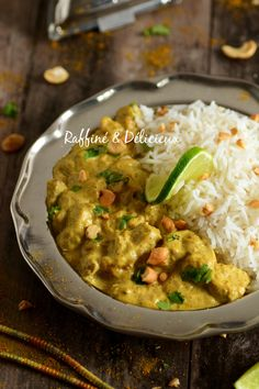 Poulet Curry Coco, Coco Curry, Vegan Breakfast Recipes, Vegan Recipes Easy, Batch Cooking, Food Goals, Lunches And Dinners, Curry Recipes, Food Hacks