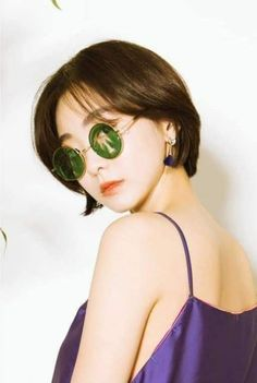 Korean Drama Movies, Korean Dramas, Korean Celebrities, Korean Actresses, Kdrama, Round Sunglasses, Most Beautiful, Kimono, Actresses