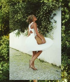 Yesterdays outfit / dress from Zara / Shoes from Boozt, HERE / Shades from Gina Tricot / Bag from Zara /