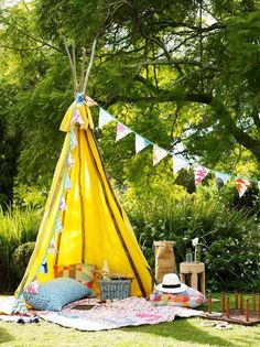 44 Magnificient Summer Garden Decor Ideas For Your Kids Party - New Deko Sites Teepee Tent, Teepees, Teepee Camping, Glamping, Deco Kids, Outdoor Fun, Outdoor Decor, Outdoor Playground, Colorful Garden