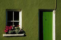 explore-the-earth: Ireland  (via theemeraldisle)