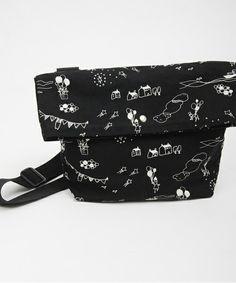 Bon voyage print canvas messenger POUDOUDOU of (Pudo~udo~u) (Messenger Bag) | Black