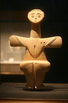 Limestone Fertility Goddess from Chalkolithic from  Cyprus, 3000-2500 BC, Getty Villa, Malibu, California, USA