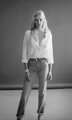 MINIMAL + CLASSIC: white shirt & denim