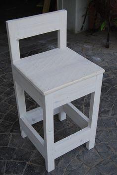 Silla con altura ¿Dónde la pondrás? #artesanal #design #interior #exterior #decoracion #wood