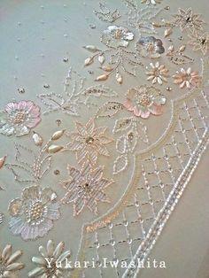 Zardozi Embroidery, Hand Embroidery Dress, Embroidery Neck Designs, Tambour Embroidery, Hand Embroidery Videos, Bead Embroidery Patterns, Embroidery Works, Couture Embroidery, Embroidery Suits