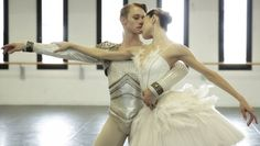 La Scala dancers talk about being in Ratmansky's Swan Lake - Nicoletta Manni and Timofej Andrijashenko rehearse Swan Lake in costume – photo by Brescia and Amisano Teatro alla Scala