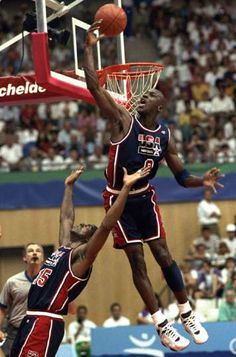 Dream Team vs 2012 Team---USA's Michael Jordan sails high above teammate Magic Johnson, knocking away a shot during the first half of their preliminary-round basketball game with Croatia at the Summer Olympics in Barcelona in Michael Jordan Basketball, Love And Basketball, Mike Jordan, Jordan Swag, Basketball Shooting, Jordan Shoes, Basketball Legends, Basketball Players, Nba Players