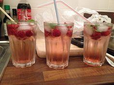 Bacardi Razz-Cocktail mit Sprite, ein sehr schönes Rezept aus der Kategorie…