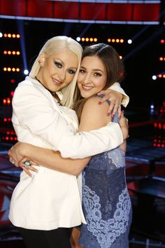 Let's hear it for the ladies because #TeamXtina is bringing @alisanporter to the #VoiceFinale and that deserves a RETWEET. #VoiceResults