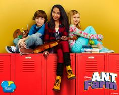"""http://www.watch-tvseries.net/series369/ANT-Farm/season-02-episode-04-modeling-assignmANT <-Ep link to """"modeling assignmANT"""""""