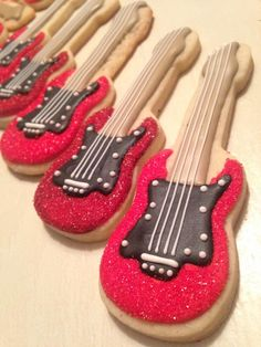 Don't have any loaf bread for the upcoming snow,. - Guilty Confections by Lacey No Bake Sugar Cookies, Fancy Cookies, Cut Out Cookies, Iced Cookies, Cupcake Cookies, Cookie Frosting, Royal Icing Cookies, Cookie Designs, Cookie Ideas