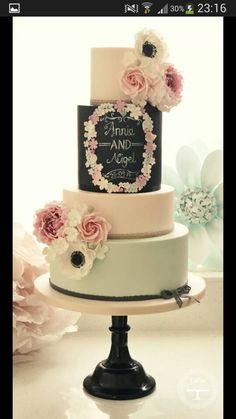 Cotton & crumbs beautiful chalkboard / blackboard wedding cake