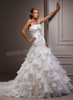 Vicenza Organza And Tulle Scalloped Neckline A-line Wedding Dress