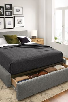 Recent small bedroom storage containers only in home design site Modern Storage Beds, Modern Bedroom, Bedroom Furniture Beds, Contemporary Bedroom, Bedroom Design, Bedroom Layouts, Bed Design Modern, Small Bedroom, Modern Bedroom Furniture