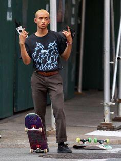 "celebsofcolor: ""Jaden Smith out in NYC "" Jaden Smith Fashion, Urban Fashion, Mens Fashion, Skate Style, Girl Outfits, Fashion Outfits, Estilo Retro, Legging Outfits, Will Smith"