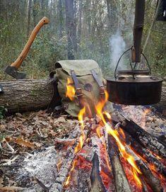 "bushcraftturk: ""#bushcraft #wildcamping #survival #camping #camp #instanature #outdoors #adventure #hiking #forest #modernoutdoorsman #wood #woodsman #liveauthentic #modernnature #naturelover #backpacking #nature_seekers #wilderness #getoutside..."