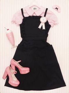Pink collared shirt and black dress Harajuku Fashion, Kawaii Fashion, Lolita Fashion, Cute Fashion, Look Fashion, Girl Fashion, Fashion Outfits, Aesthetic Fashion, Aesthetic Clothes