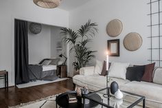 Studio apartment with a sleeping nook Studio apartment with a sleeping nook Small Apartment Interior, Studio Apartment Decorating, Apartment Living, Room Interior, Interior Design, Studio Apartment Layout, Sleeping Nook, Small Studio Apartments, Bedroom Nook