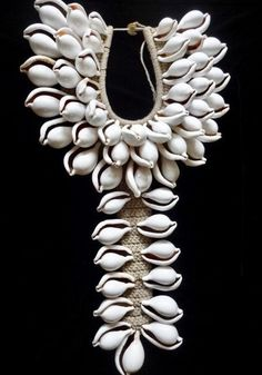 Ovula Ovum Shell Necklace Haute Couture Tribal Papua Fashion Style Eye Catching #Unbranded