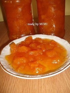 DULCEATA DE PEPENE GALBEN Canning Pickles, Romanian Food, Diy And Crafts, Food And Drink, Pudding, Easy, Desserts, Sweet, Jelly