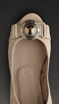 Burberry buckle peep toe shoe