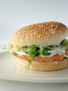 Salmon burger with dill yogurt sauce