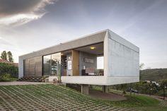Imagem 7 de 24 da galeria de Casa Solar da Serra / 3.4 Arquitetura. Fotografia de Joana França