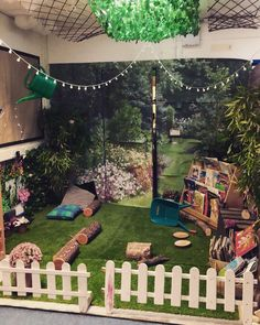 Our reading garden all ready for transition. Book Corner Eyfs, Book Corner Classroom, Kids Corner, Reading Garden Classroom, Outdoor Classroom, Garden Ideas Early Years, Eyfs Outdoor Area, Outdoor Play, Book Area