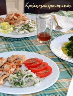«Γύρος» κοτόπουλου στο… τηγάνι! (VIDEO) - cretangastronomy.gr