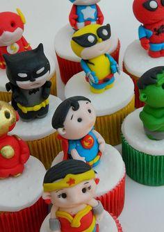 super heroes cupcakes by Ana_Fuji, via Flickr