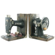 Singer Sewing Machine Book Ends - Prezents  - 6