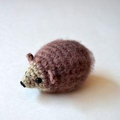 Amigurumi Hedgehog - FREE Crochet Pattern / Tutorial