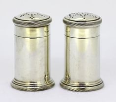 Currently at the #Catawiki auctions: Sterling silver salt & pepper shakers - Theodore Rossi - London - 1932