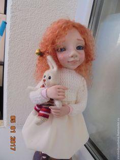 """Купить Авторская интерьерная куколка """"Маришка """" с Зайкой - бежевый, кукла ручной работы"""