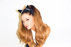 Find images and videos about cat, ariana grande and ariana on We Heart It - the app to get lost in what you love. Cat Valentine, Nickelodeon Victorious, Bae, Ariana Grande Fans, Charlotte, Chin Up, Shining Star, Dangerous Woman, Celebs