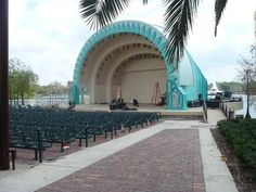 Walt Disney Amphitheatre at Lake Eola, Orlando Florida Downtown Orlando, Orlando Florida, Lake Eola, Central Florida, The Fresh, Wonderful Places, Places To See, Walt Disney, Natural Beauty