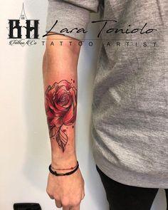 • ROSE WATERCOLOR • Tattoo Artist LARA TONIOLO TATTOO ARTIST • Info, Booking & Collaboration 0495972925 info.bhills@gmail.com www.bhillstattoostudio.com •  #BHillsTattooCompany #LaraTonioloTattooArtist #LaraLadyOktopusTattooArtist #WatercolorTattoo #RoseTattoo #RoseWatercolorTattoo #SketchTattoo #TattooArm #TattooGirl #TattooItalia #Inked #TattooLife #FlowerTattoo #CittadellaTattoo #Cittadella Piercing Tattoo, Arm Tattoo, Piercings, Watercolor Tattoo Artists, Watercolor Rose, Rose Tattoos, Girl Tattoos, Tattoo Designs, Tattoo Ideas
