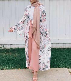 130 the best hijab clothing ideas - page 9 Modest Fashion Hijab, Casual Hijab Outfit, Hijab Chic, Hijab Dress, Abaya Fashion, Modern Hijab Fashion, Hijab Fashion Summer, Islamic Fashion, Muslim Fashion